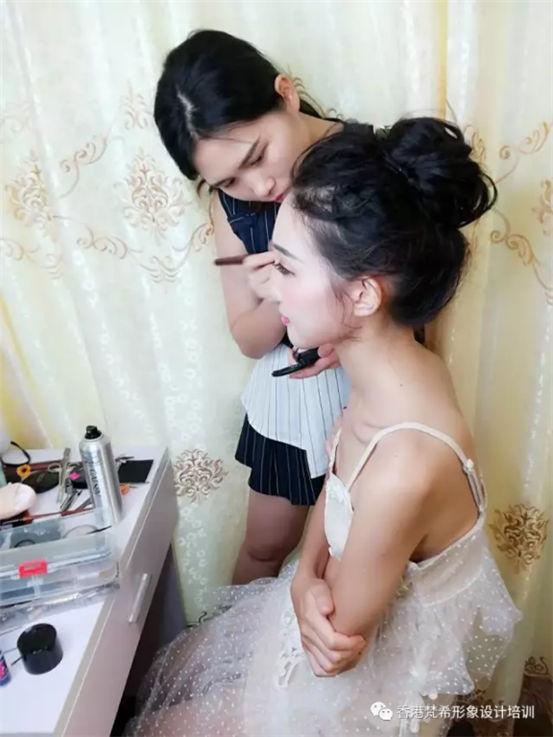 化妆培训学员分享