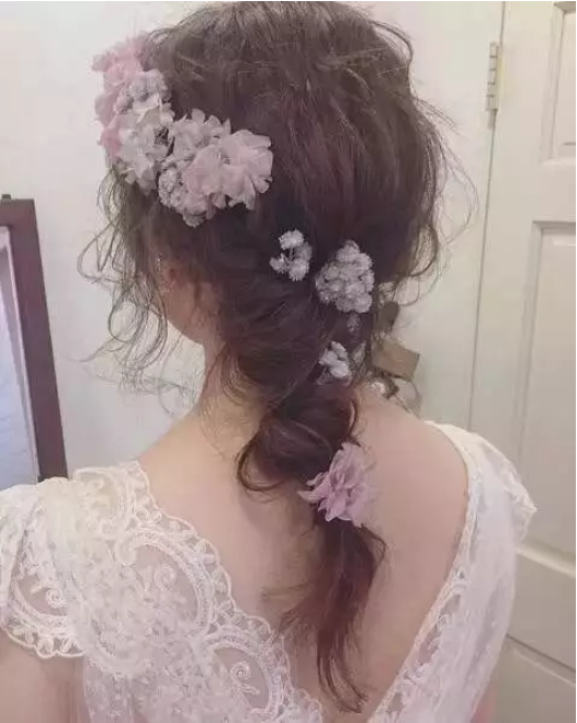 梵希长发鲜花造型