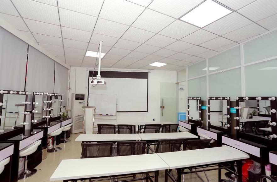 梵希化妆学校化妆教室