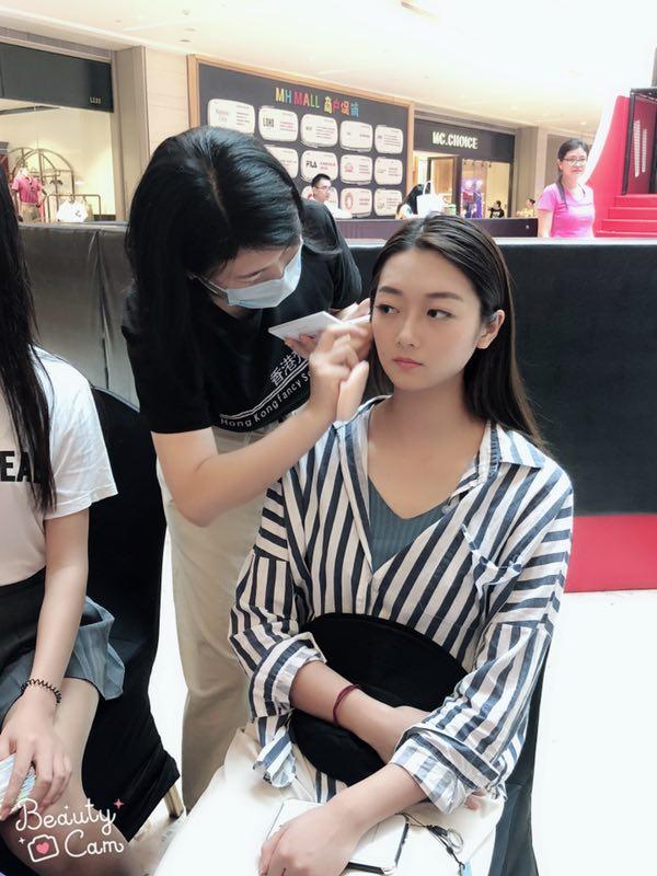 学化妆有必要考化妆师资格证吗