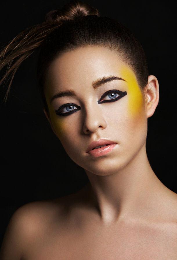 化妆培训班学费多少钱