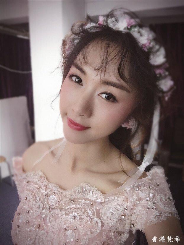 甜美可爱新娘造型作品