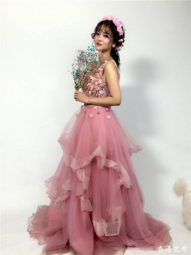 粉红甜美新娘造型作品4