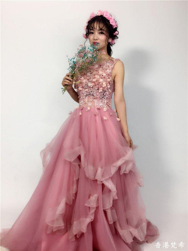 粉红甜美新娘造型作品5
