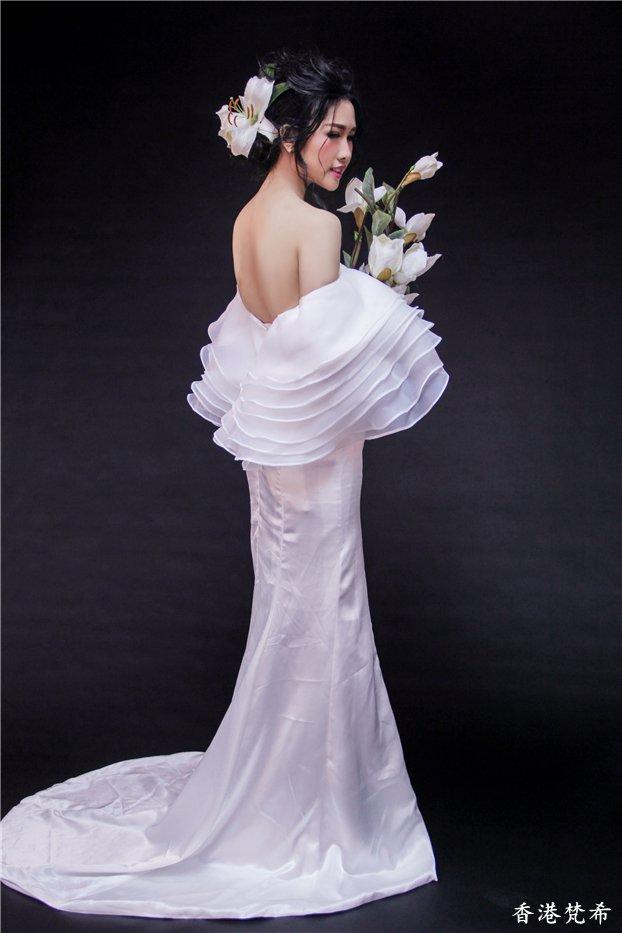 百合花新娘造型作品2