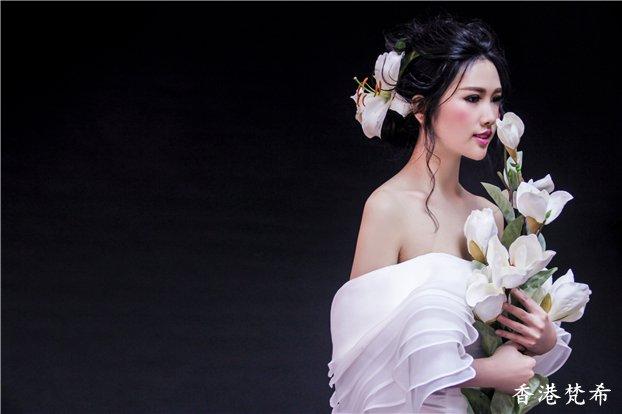 百合花新娘造型作品5