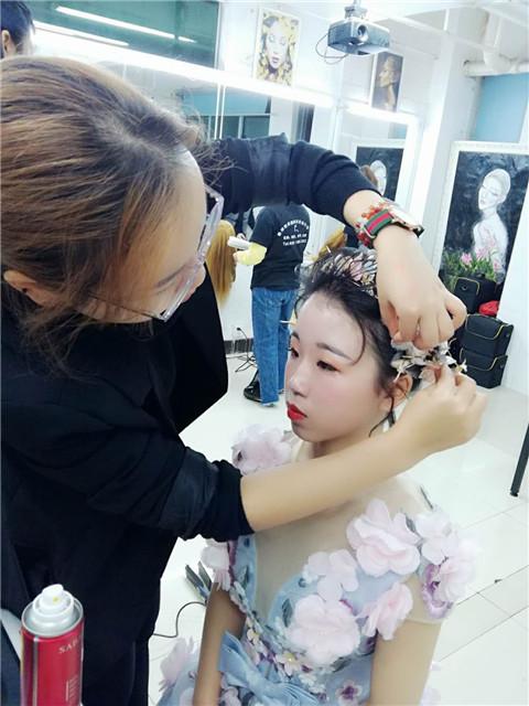 深圳梵希学化妆课堂
