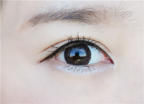 眼线怎么画好看
