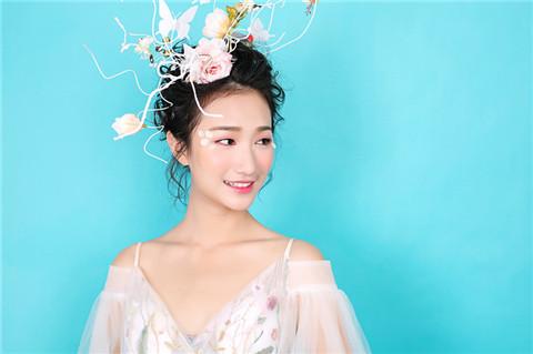 深圳化妆学校梵希老师分析淡妆需要于哪些化妆品