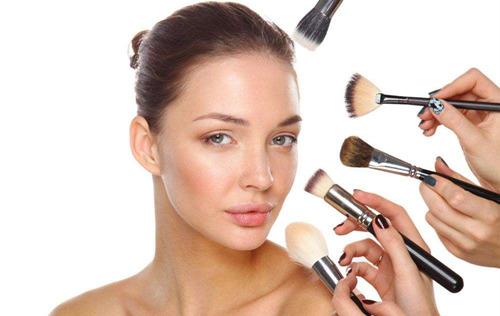 大脸化妆好看化妆方法