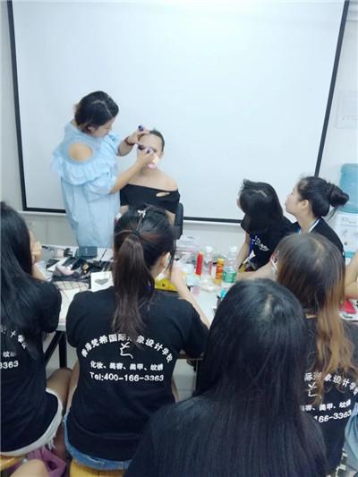 你对化妆真的了解吗?