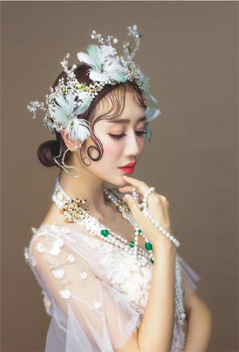 深圳化妆培训有哪些首先深圳梵希化妆学校