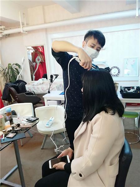 深圳梵希韩式化妆培训学校在多年的运行当中