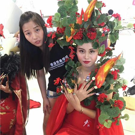 深圳的化妆平安计划聊天室学校怎么样梵希最完整化妆平安计划聊天室