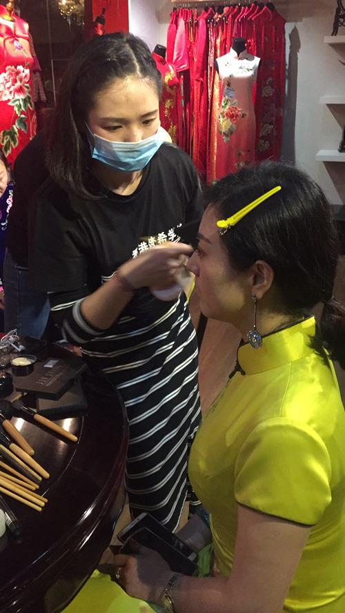 最简单的淡妆化妆详细步骤分解